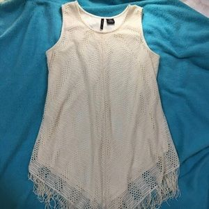 ✨Crochet lace overlay tunic with fringe accent🌟